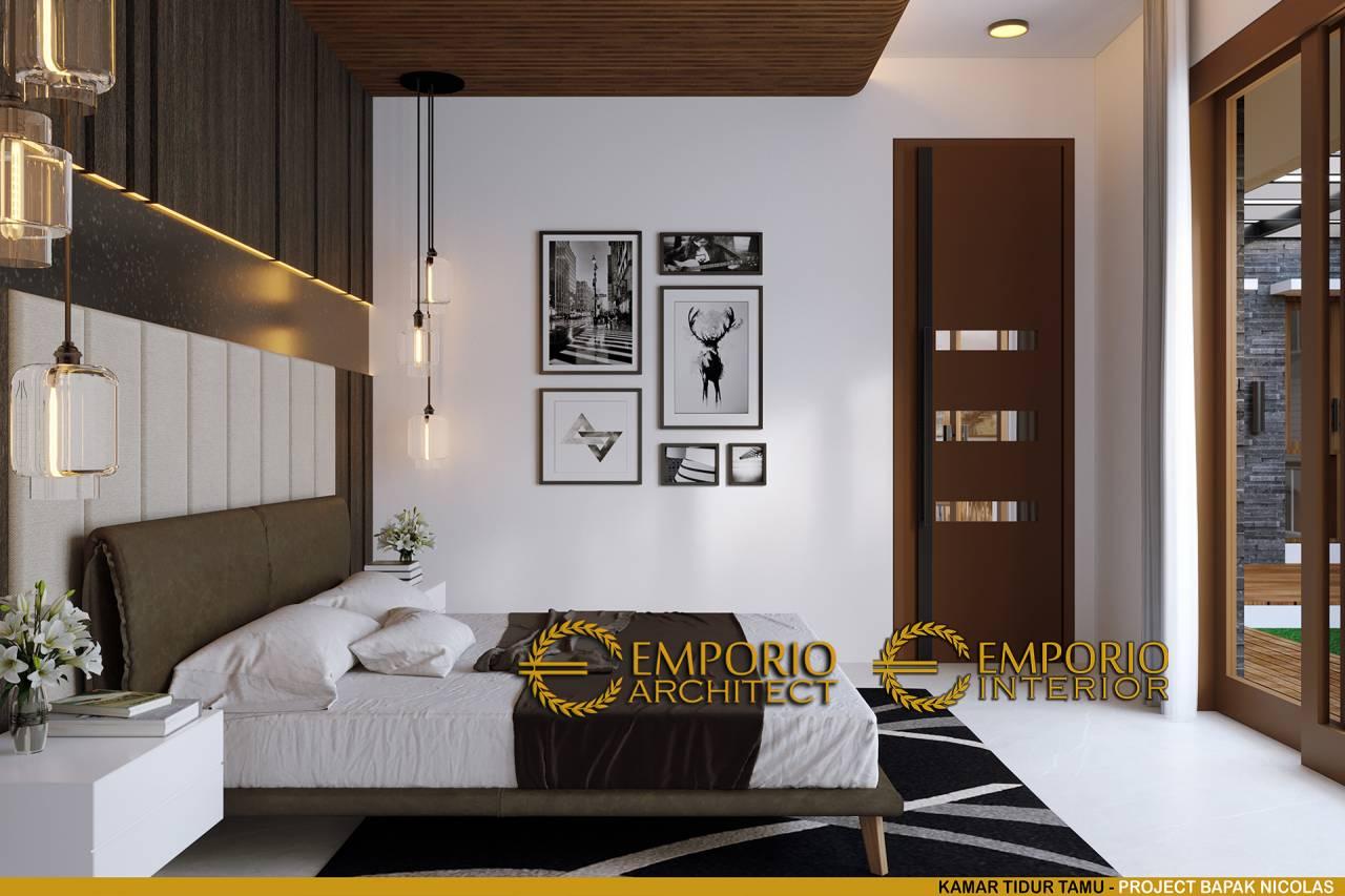 15 ide desain interior kamar tidur rasa villa dengan pintu kaca di depan kasur part 1 01122002113915473
